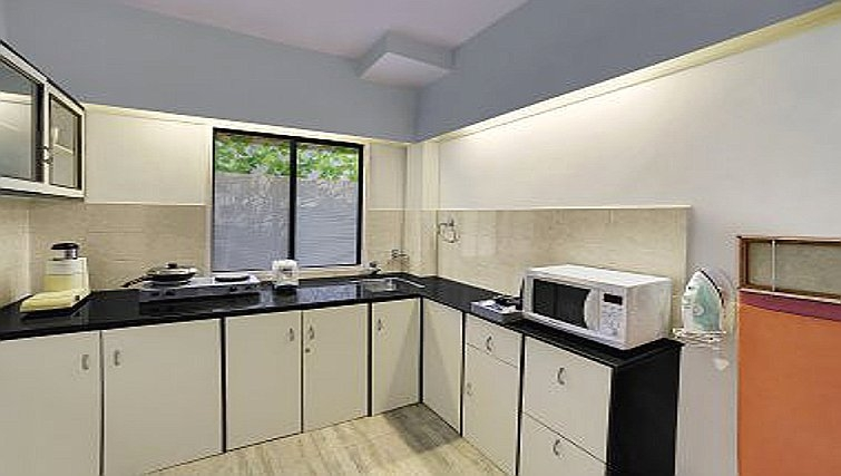Kitchen in The Emerald - Hotel & Executive Apartments