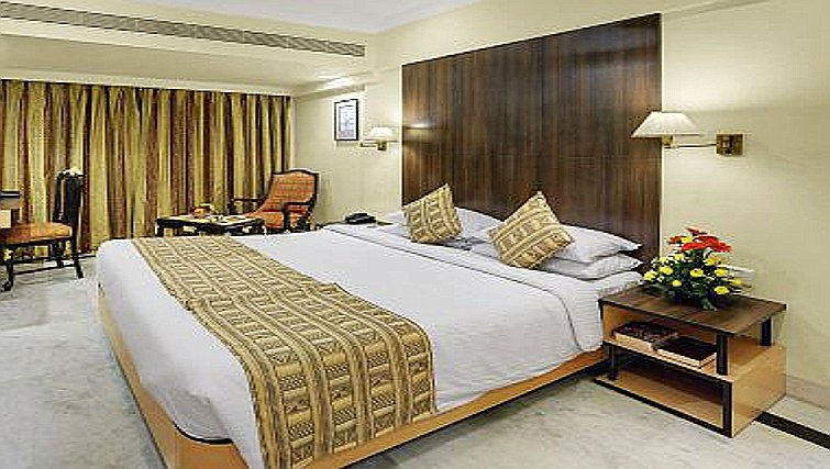 Grand bedroom in The Emerald - Hotel & Executive Apartments
