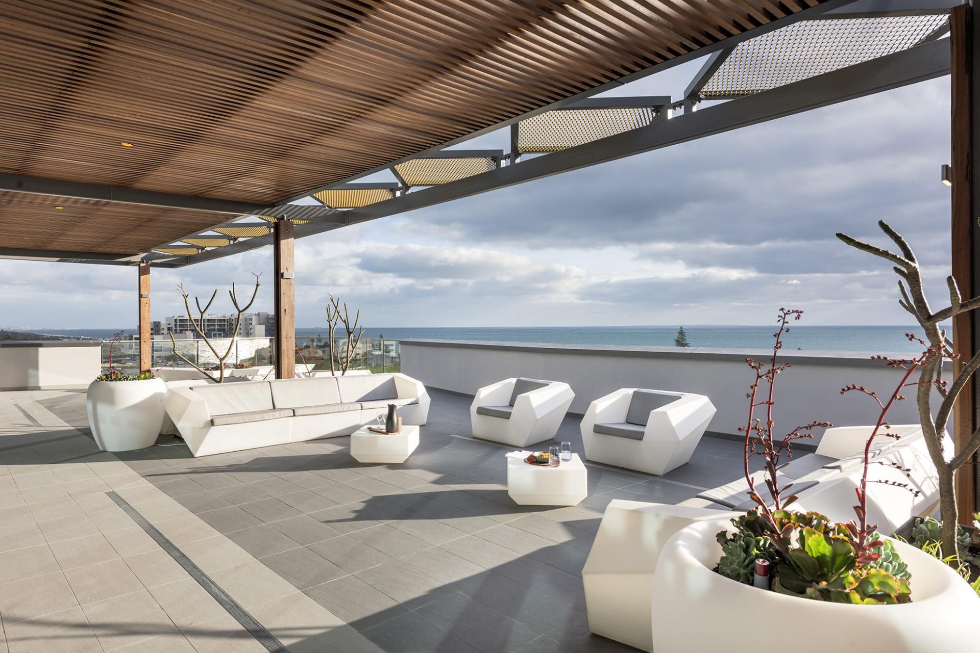Ramada Vetroblu Scarborough Apartments, Perth, SilverDoor