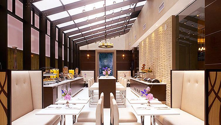 Restaurant at Staybridge Suites New York Times Square