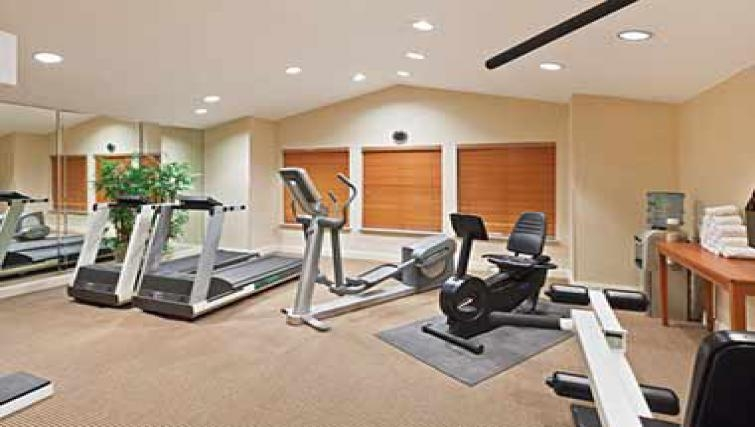 Extensive gym in Candlewood Suites Dallas Market Centre
