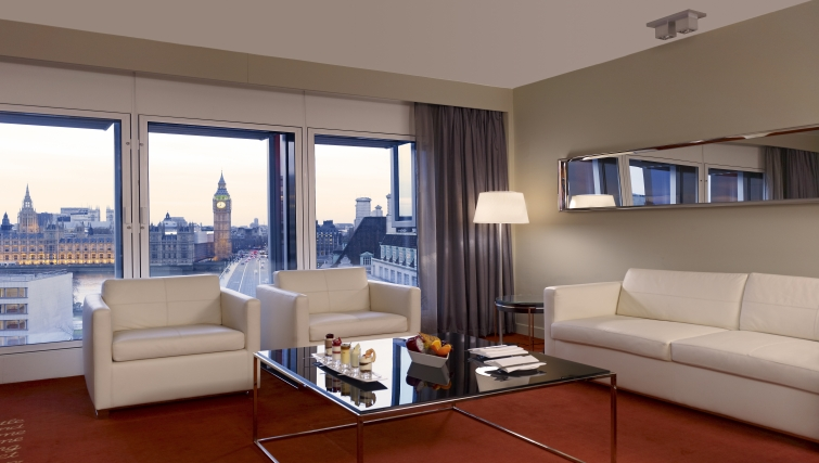 Sophisticated living area in Park Plaza Westminster Bridge Apartments