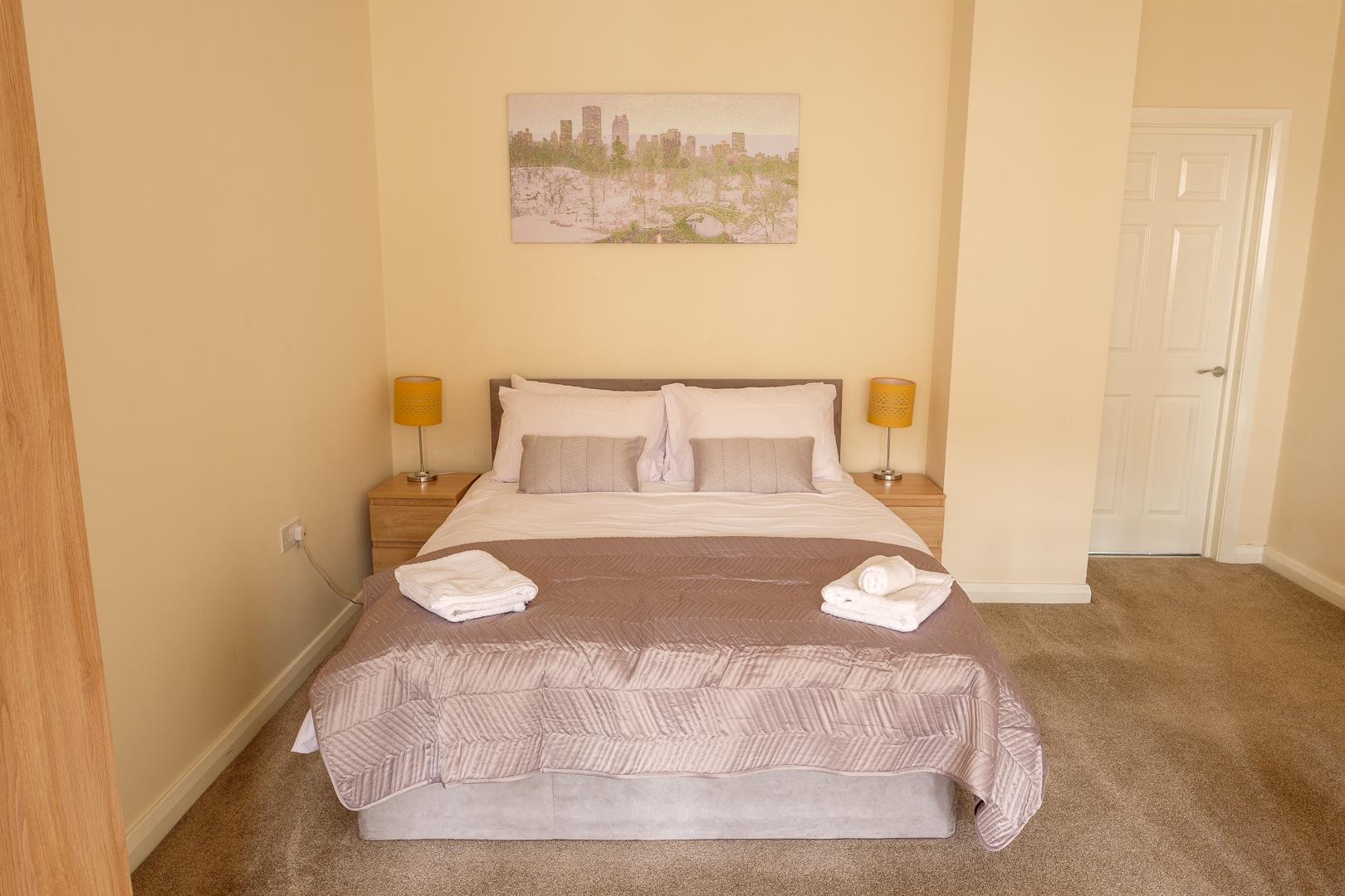 Sleep at Broadwalk Apartment, Centre, Crawley