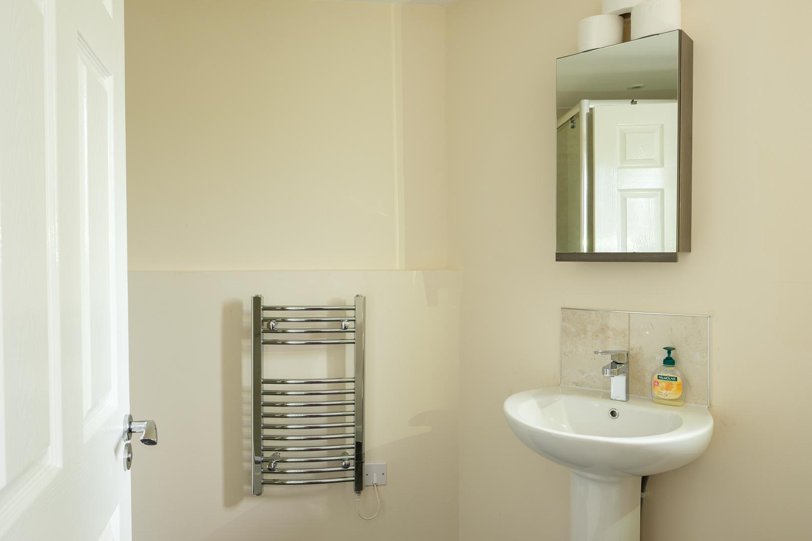 Bathroom at Broadwalk Apartment, Centre, Crawley
