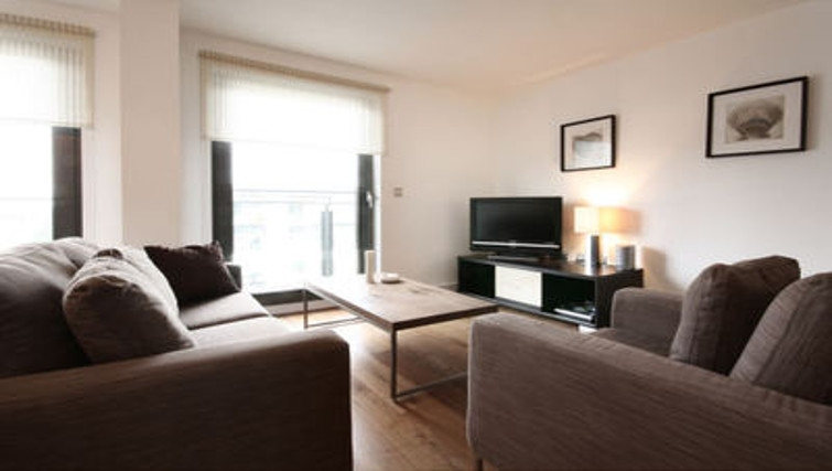 Gorgeous living area in Slough Mosaic Apartments