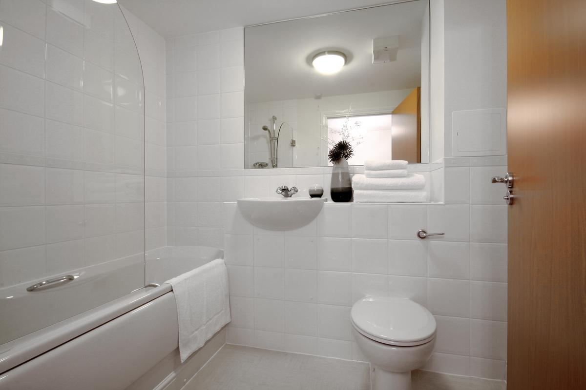 Bathroom at Kelvin Gate