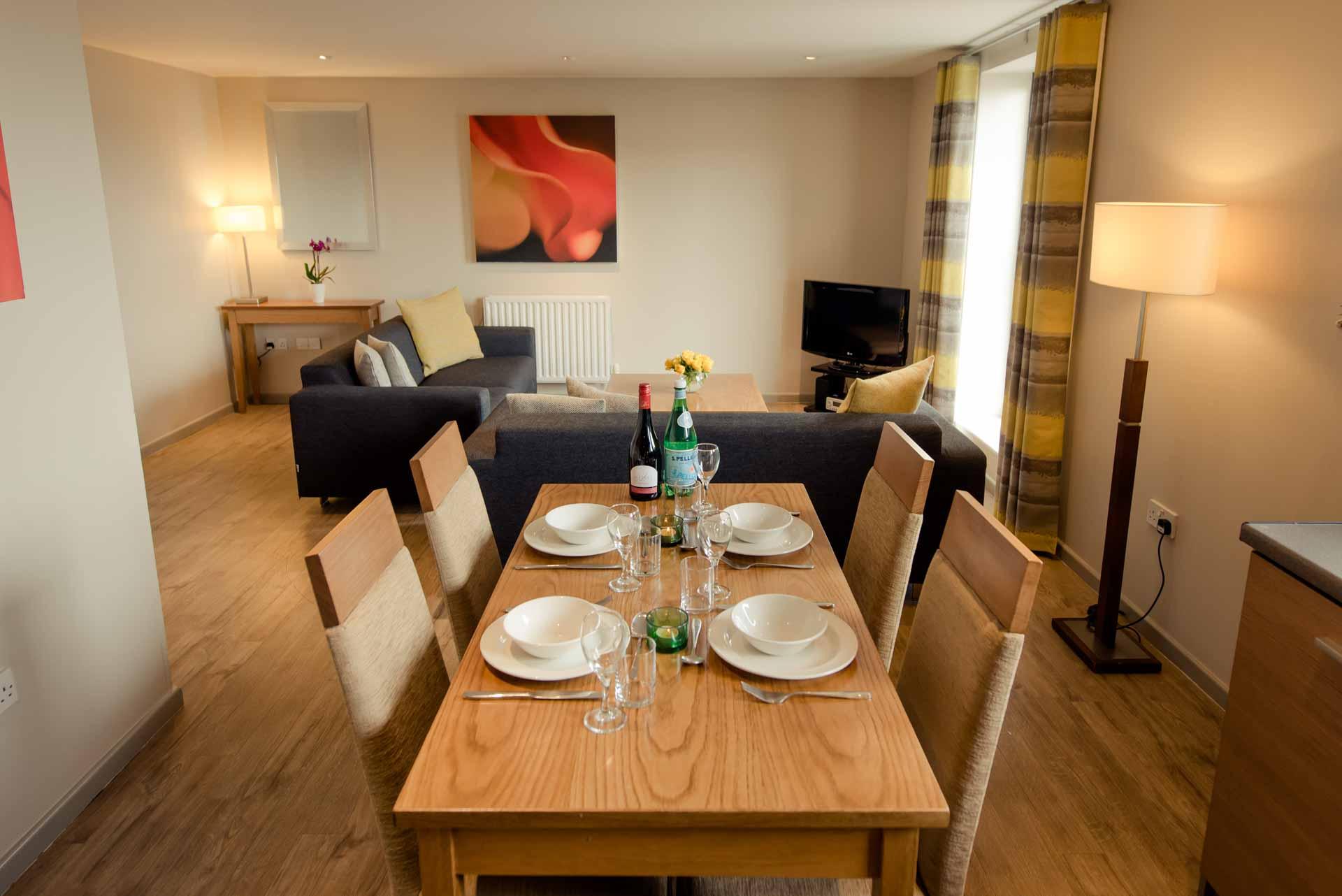 Premier Suites Newcastle - Newcastle - SilverDoor