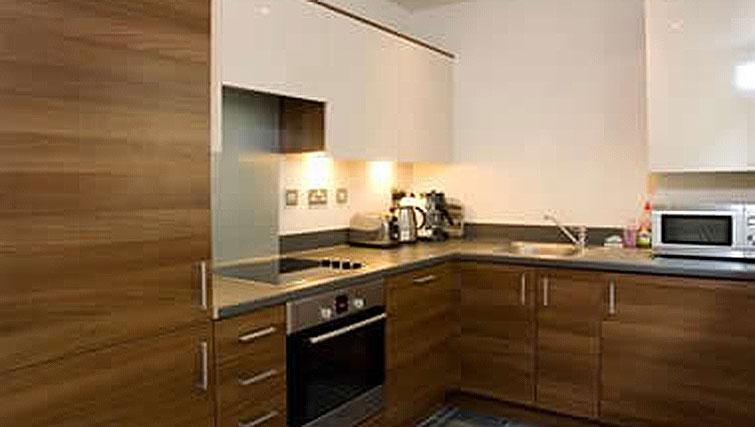 Modern kitchen in Hercules Apartments