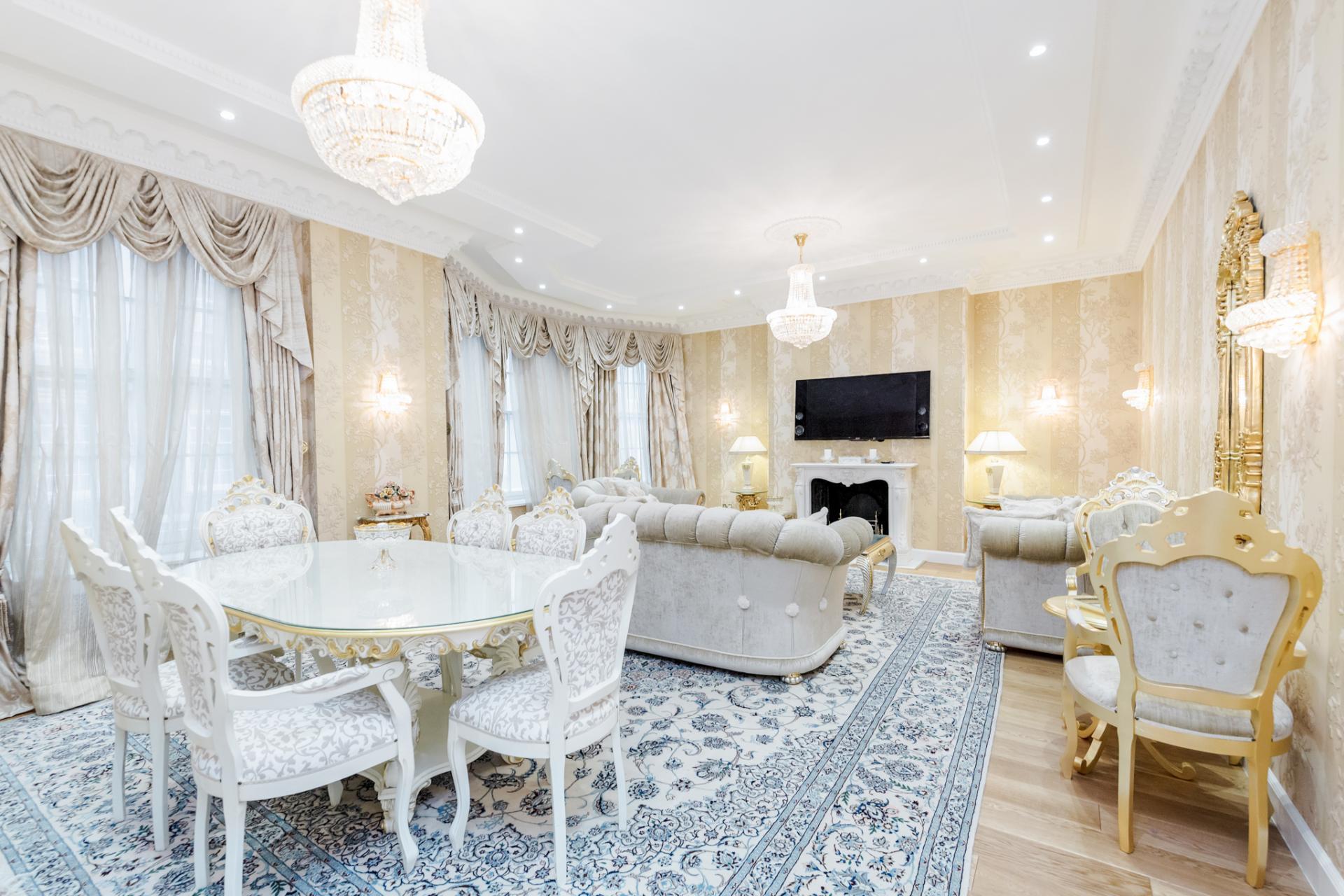 Spacious lounge at Grosvenor Square Apartment, Mayfair, London
