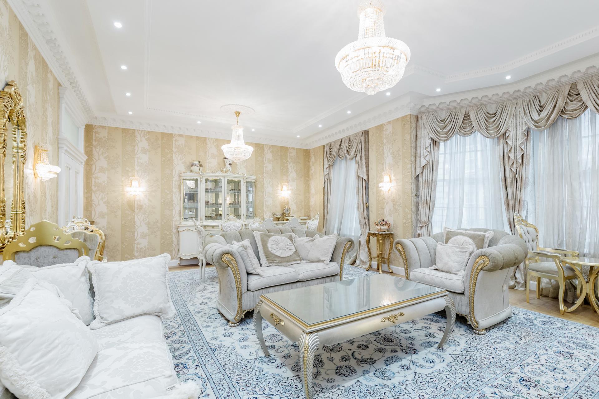 Lounge at Grosvenor Square Apartment, Mayfair, London