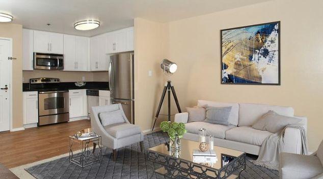 Living area at Marbisa Apartment, Traffic Circle Area, Long Beach