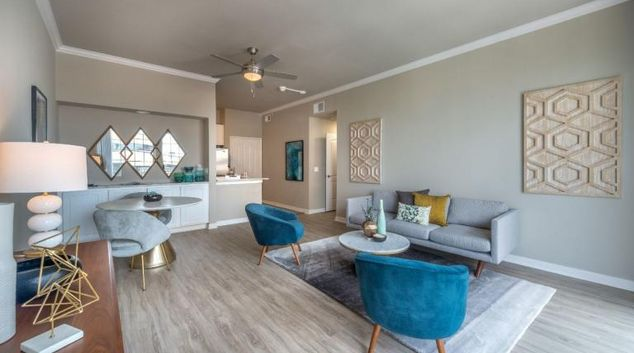 Living room at Skye at Turtle Creek Apartment, Uptown, Dallas