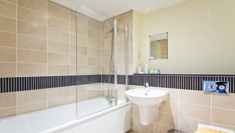 Superb bathroom in Woodgate Court Apartments