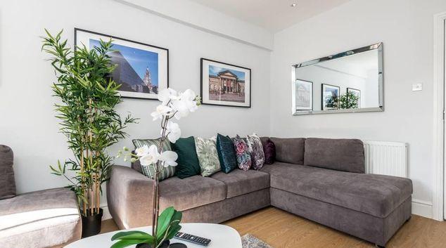 Living room at Falkner Street Apartments, Ropewalks, Liverpool