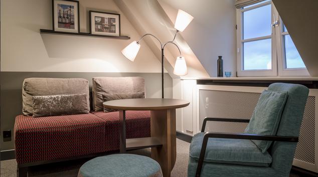 Living area at Schroetteringksweg Apartment, Mundsburg, Hamburg