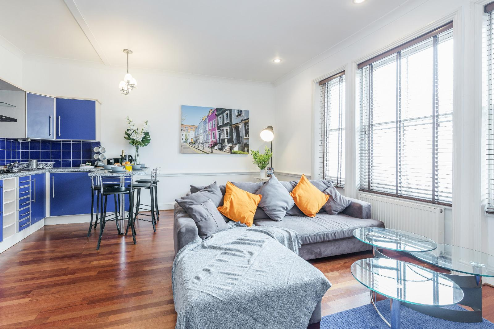 Open plan space at Clanricarde Gardens Apartment, Bayswater, London