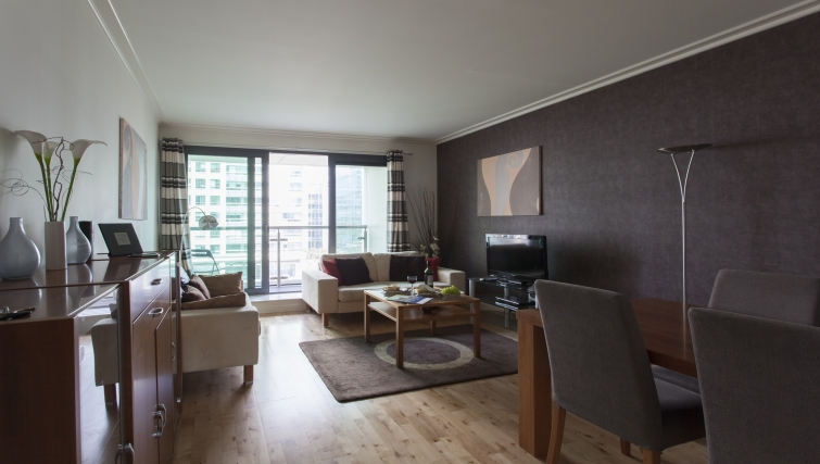 Stunning living area in Discovery Dock Apartments