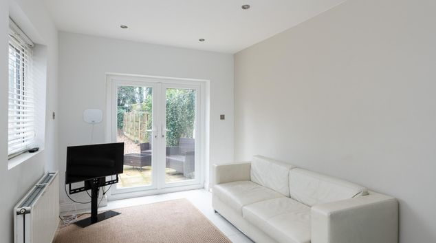 Living room at Edgbaston Apartments, Rotton Park, Birmingham