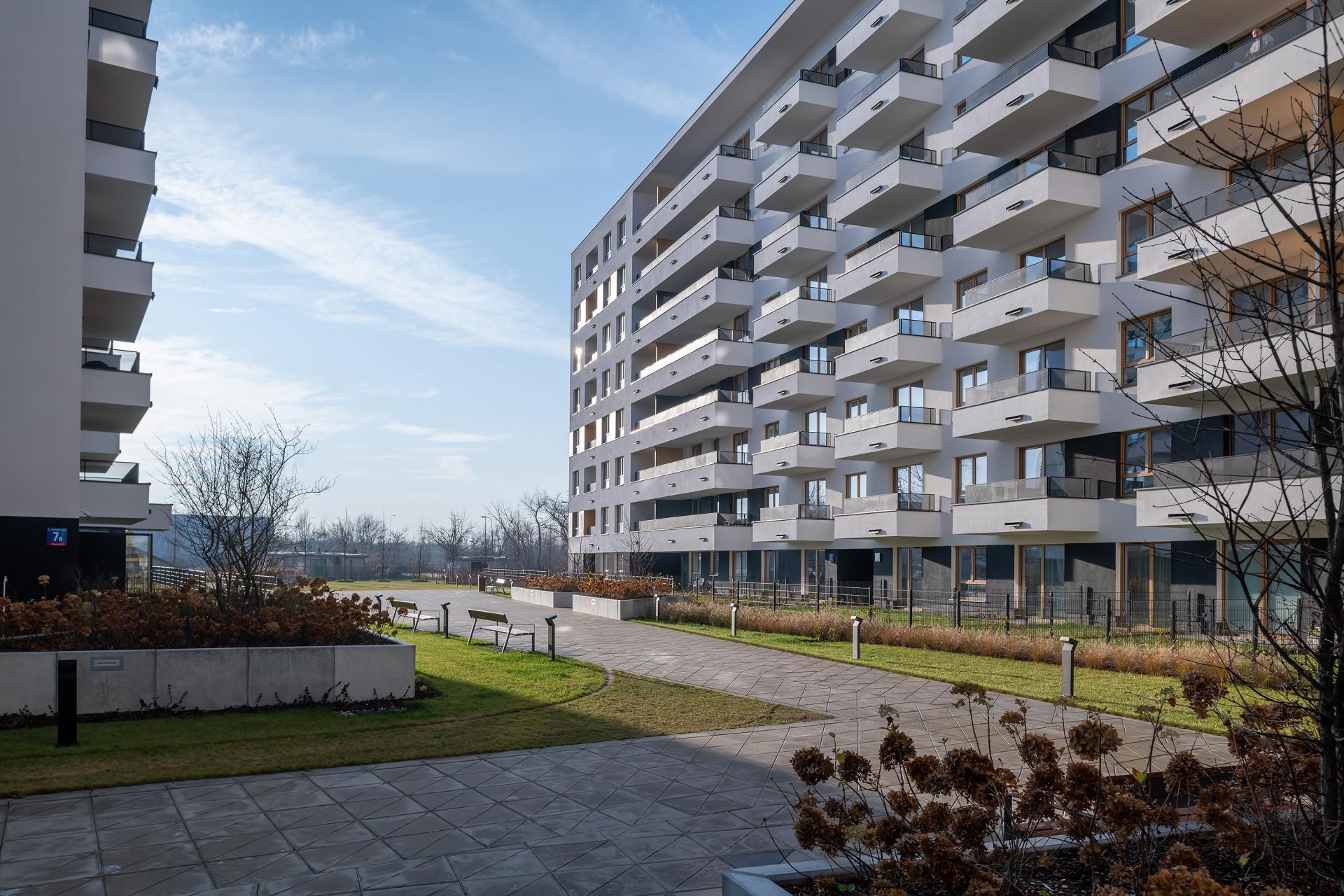 Exterior of Cybernetyki Apartments, Sluzewiec, Warsaw