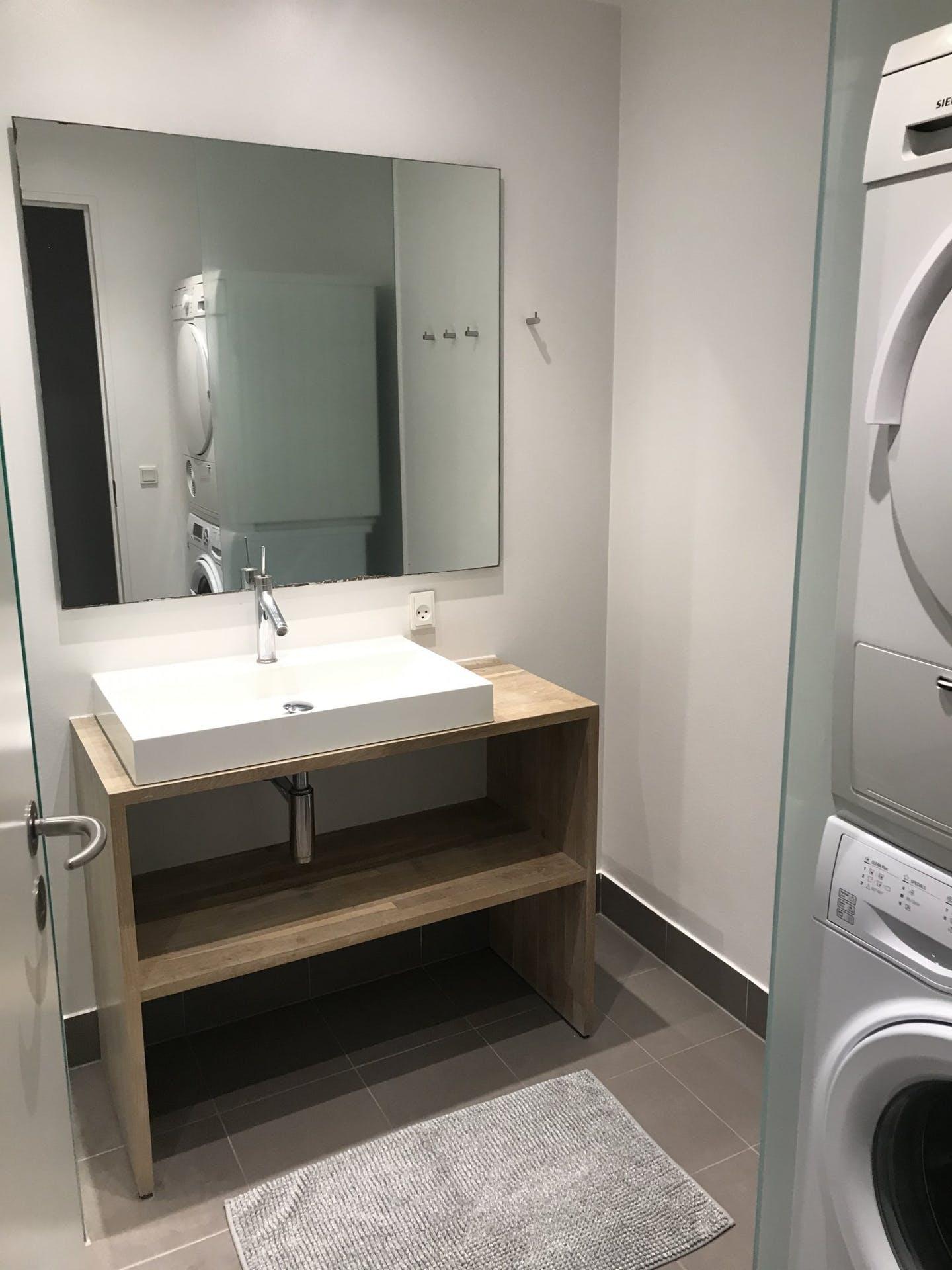 Bathroom at Ben Webster Vej Apartments, Sydhavnen, Copenhagen