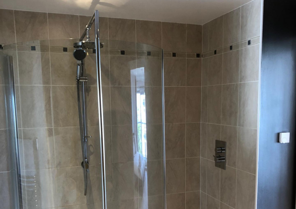Shower at Queens Highlands Apartments, Rubislaw, Aberdeen