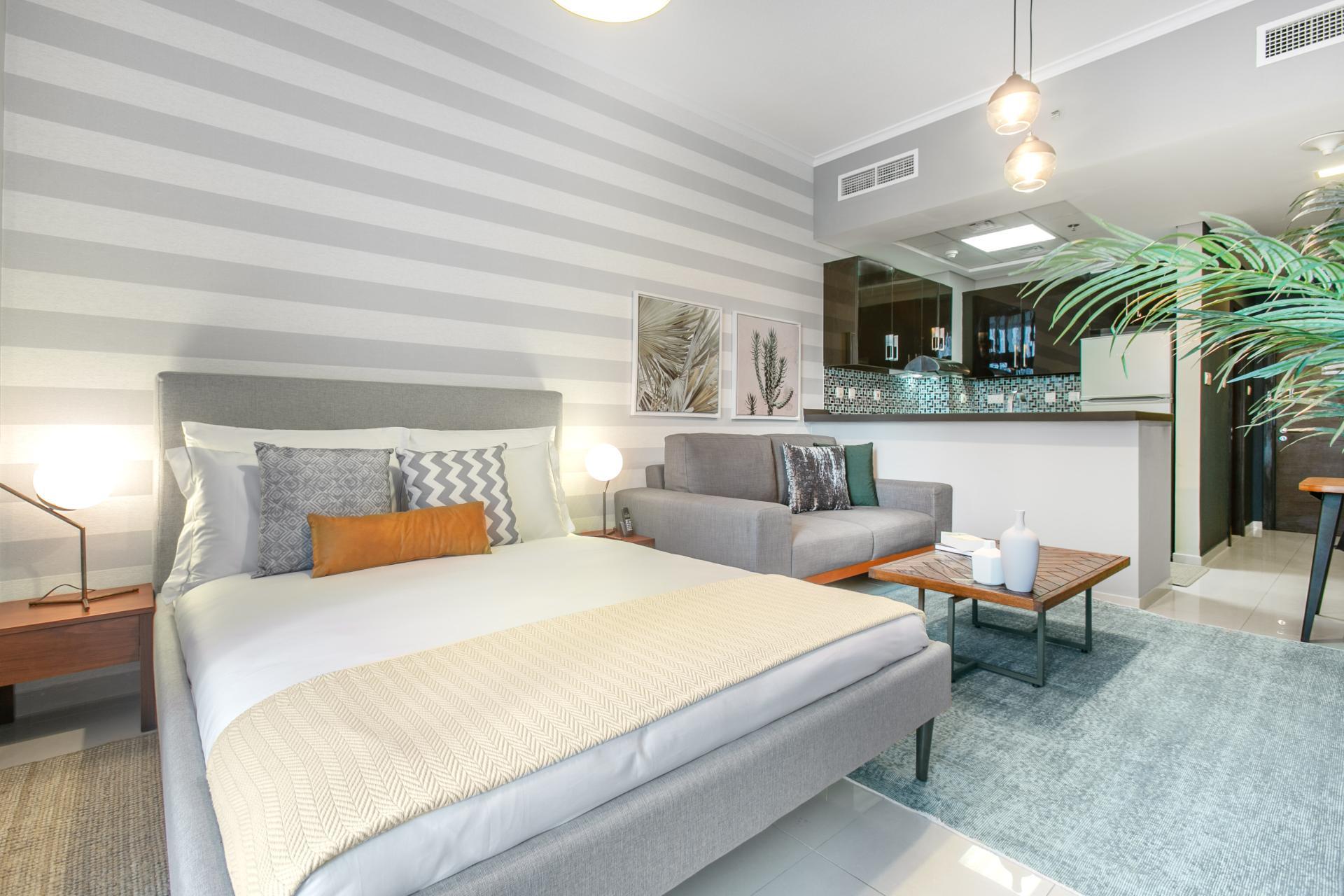 Bed at Botanica Studio, Dubai Marina, Dubai