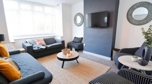 Lounge at Maple House Bristol, Bishopston, Bristol