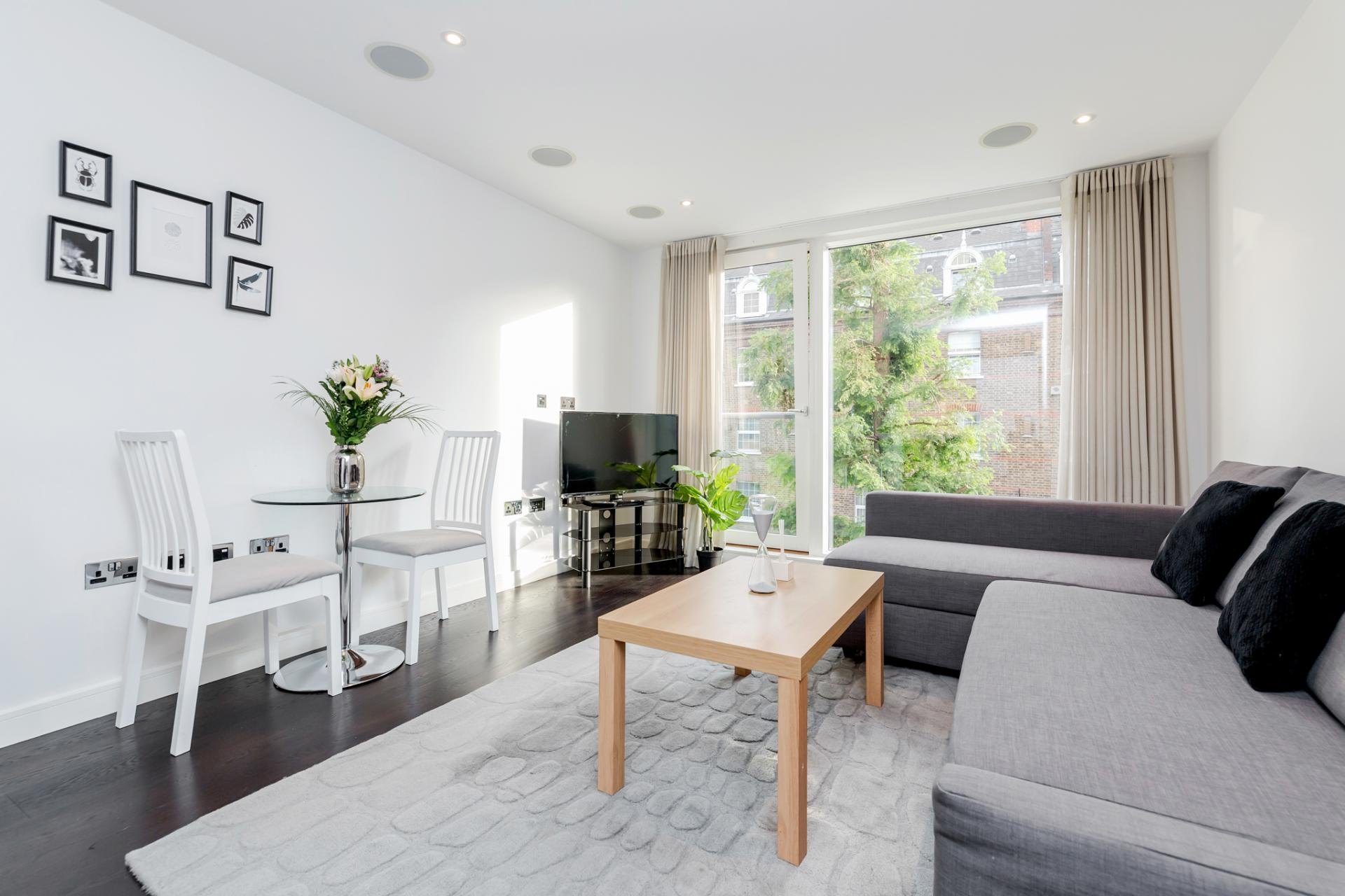 Lounge at Chelsea Serviced Apartments, Chelsea, London