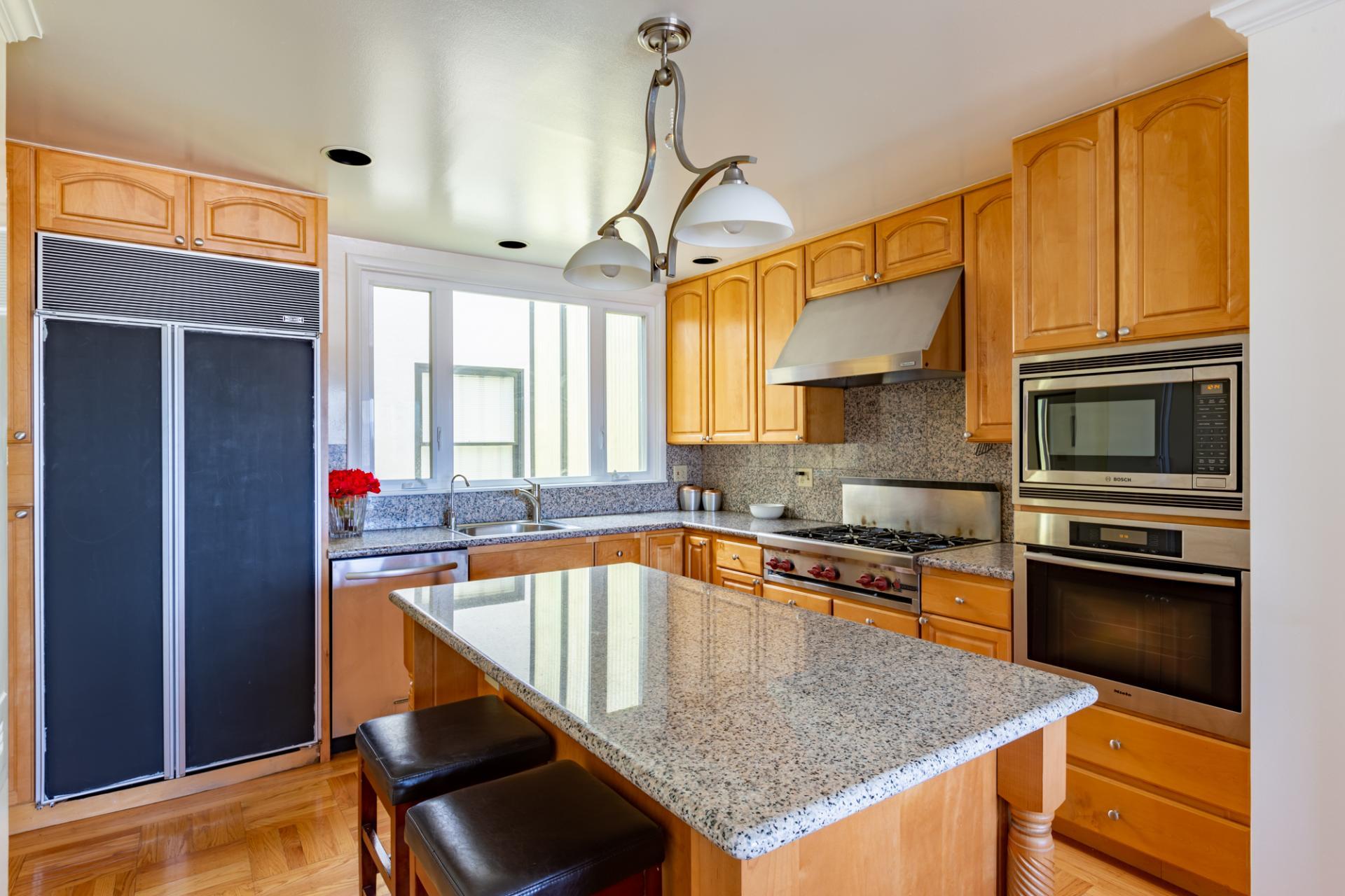 Kitchen at Leavenworth Street Apartment, Russian Hill, San Francisco