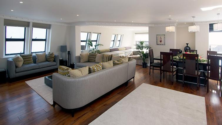Living area at Mayfair House Apartments