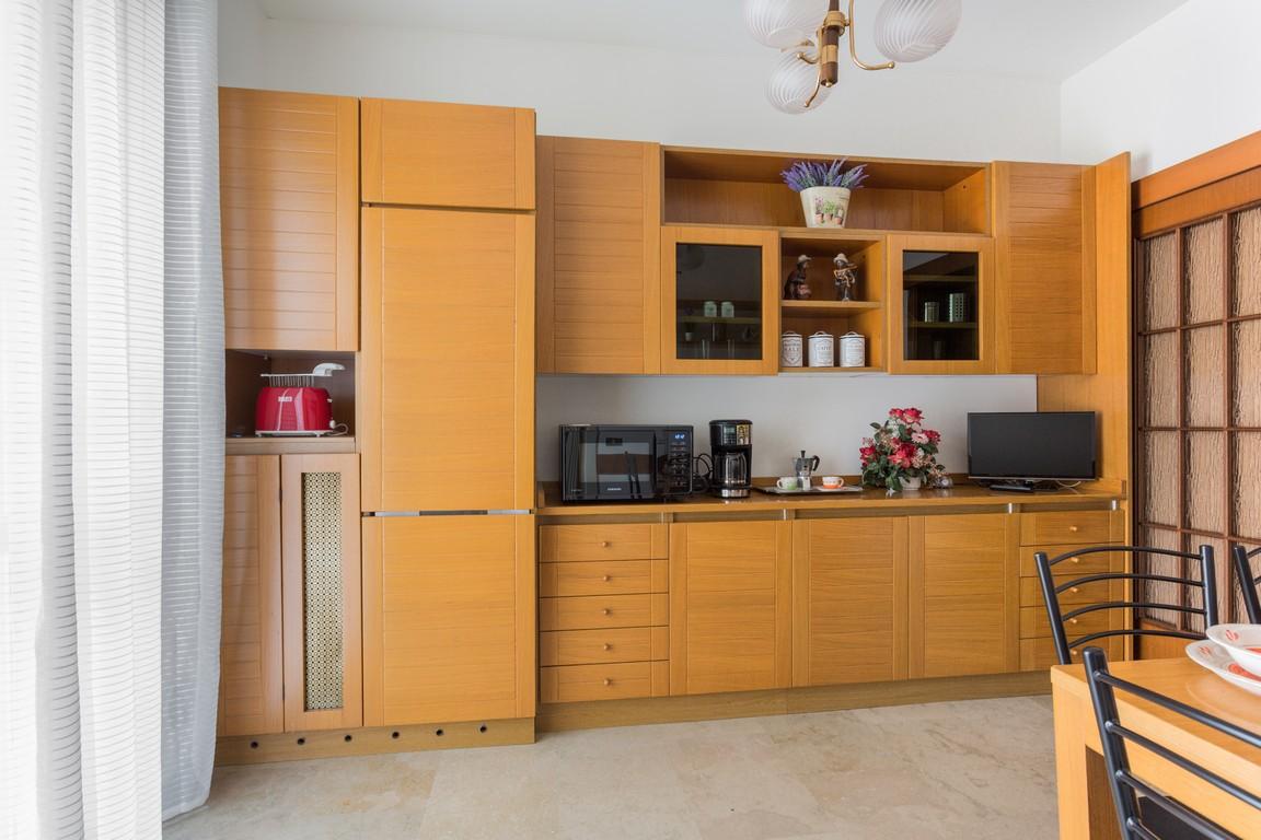 Kitchen at Bright Caneva Apartment, Bullona, Milan