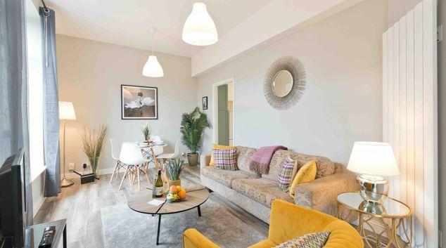 Living area at Crow Street Apartment, Temple Bar, Dublin