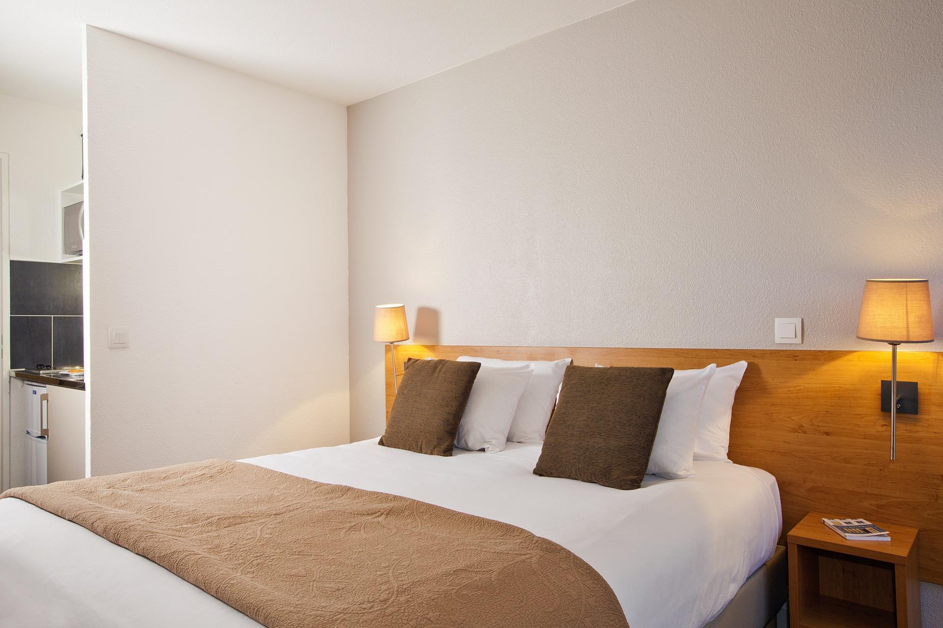 Pillows at Séjours & Affaires Pantin Apartments, Pantin, Paris