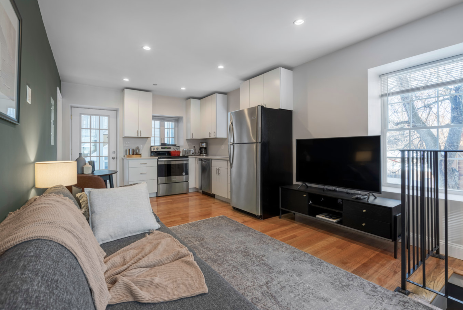 Open Plan Living/Kitchen area at Sumner Street