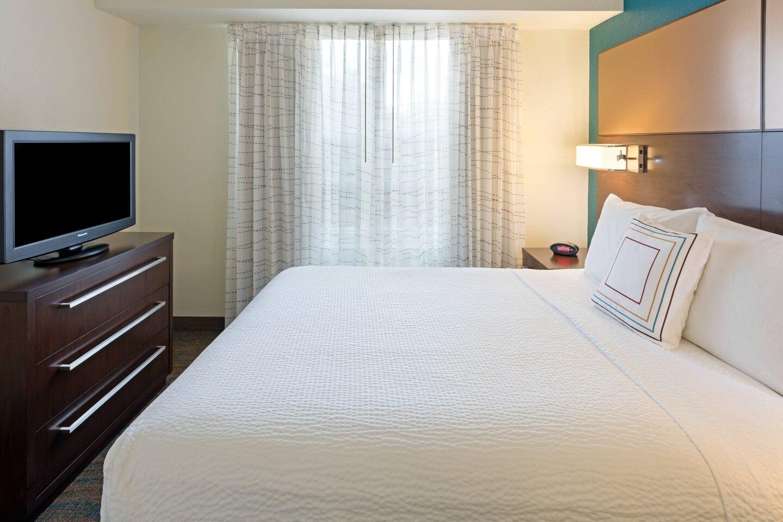 Bedroom at Residence Inn Plantation, Franklin Plantation, Worcester