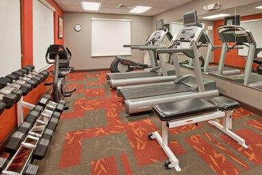 Fitness center at Residence Inn Plantation, Franklin Plantation, Worcester