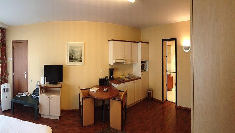 Living area/kitchen at B-aparthotel Montgomery