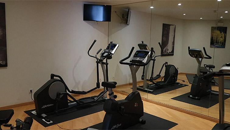 On-site fitness centre at B-aparthotel Ambiorix