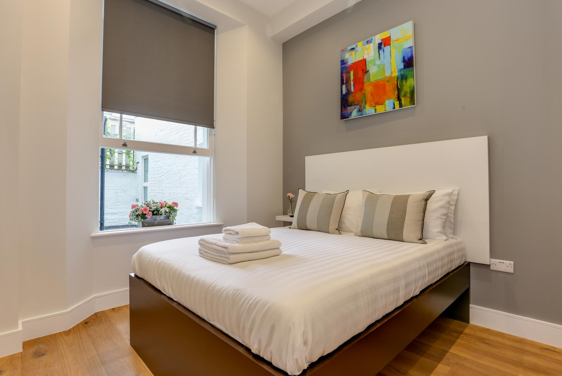 Bed at Queensborough Terrace, Bayswater, London