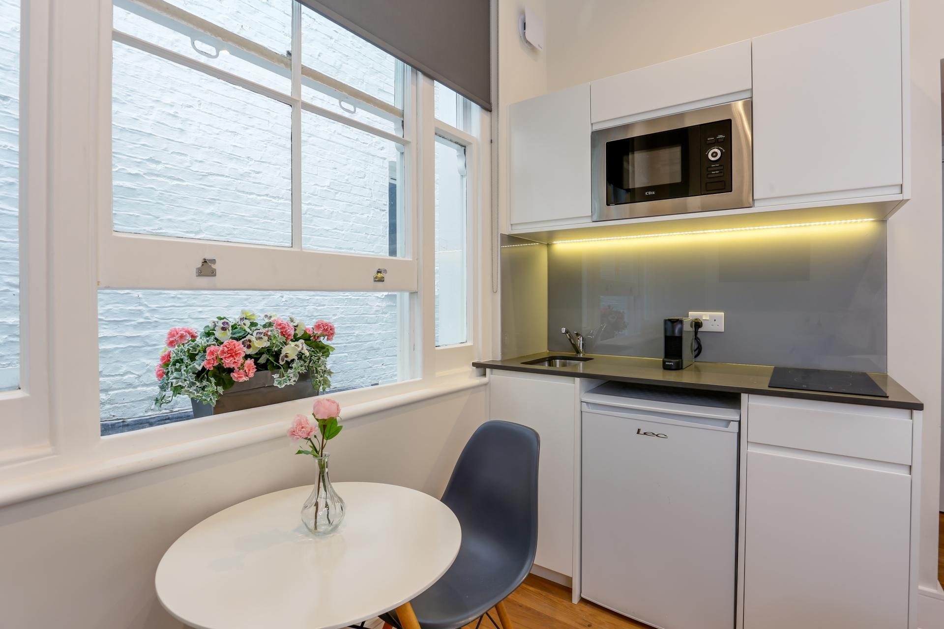 Microwave at Queensborough Terrace, Bayswater, London