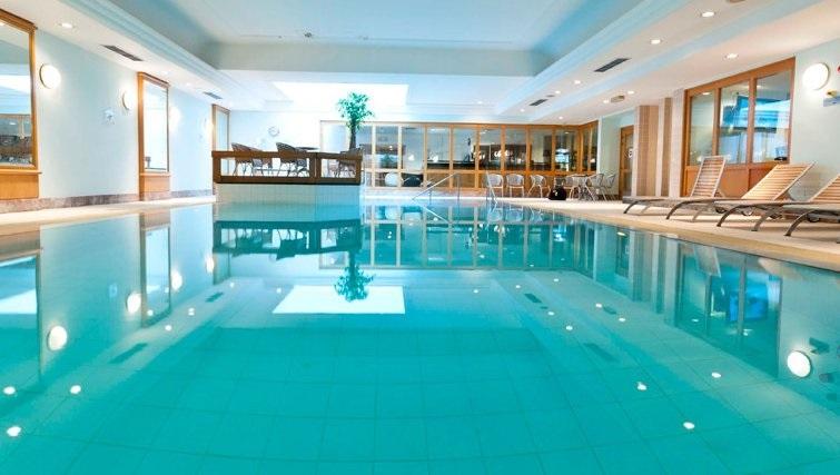 Stunning pool in Thon Residence Parnasse