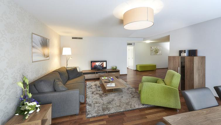 Living room at Thon Residence Parnasse