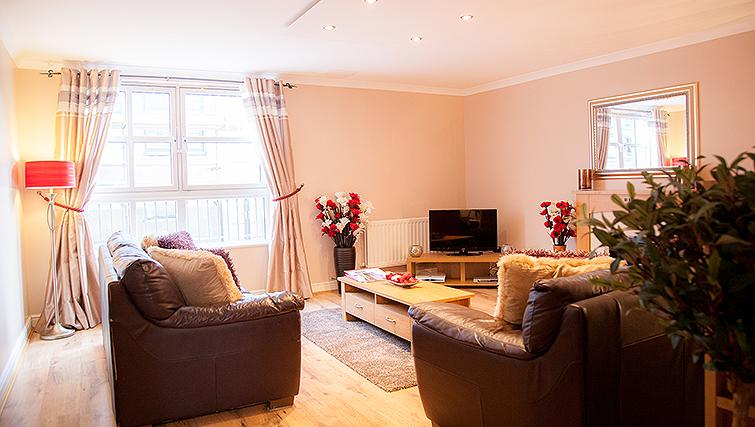 Spacious living area in Royal Mile Apartments