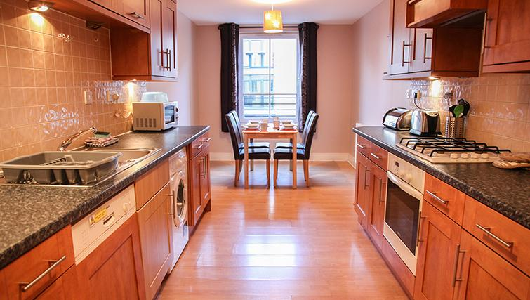 Modern kitchen in Playhouse Apartments