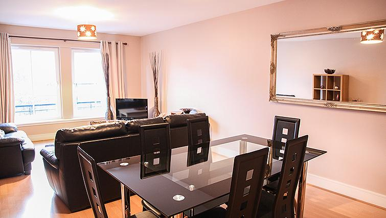 Dining area at Playhouse Apartments