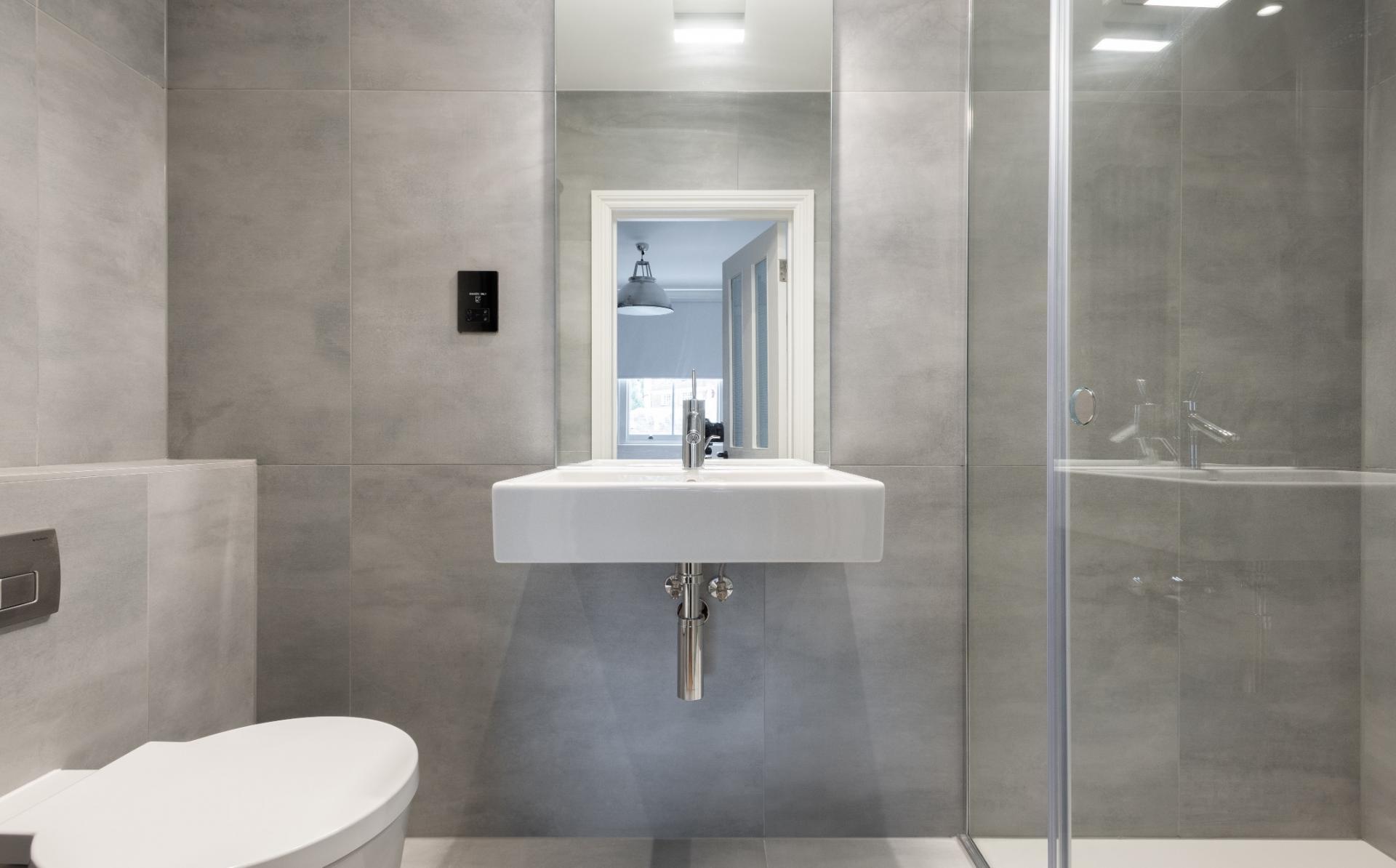 Bathroom at Lansdowne Crescent Apartment, Holland Park, London