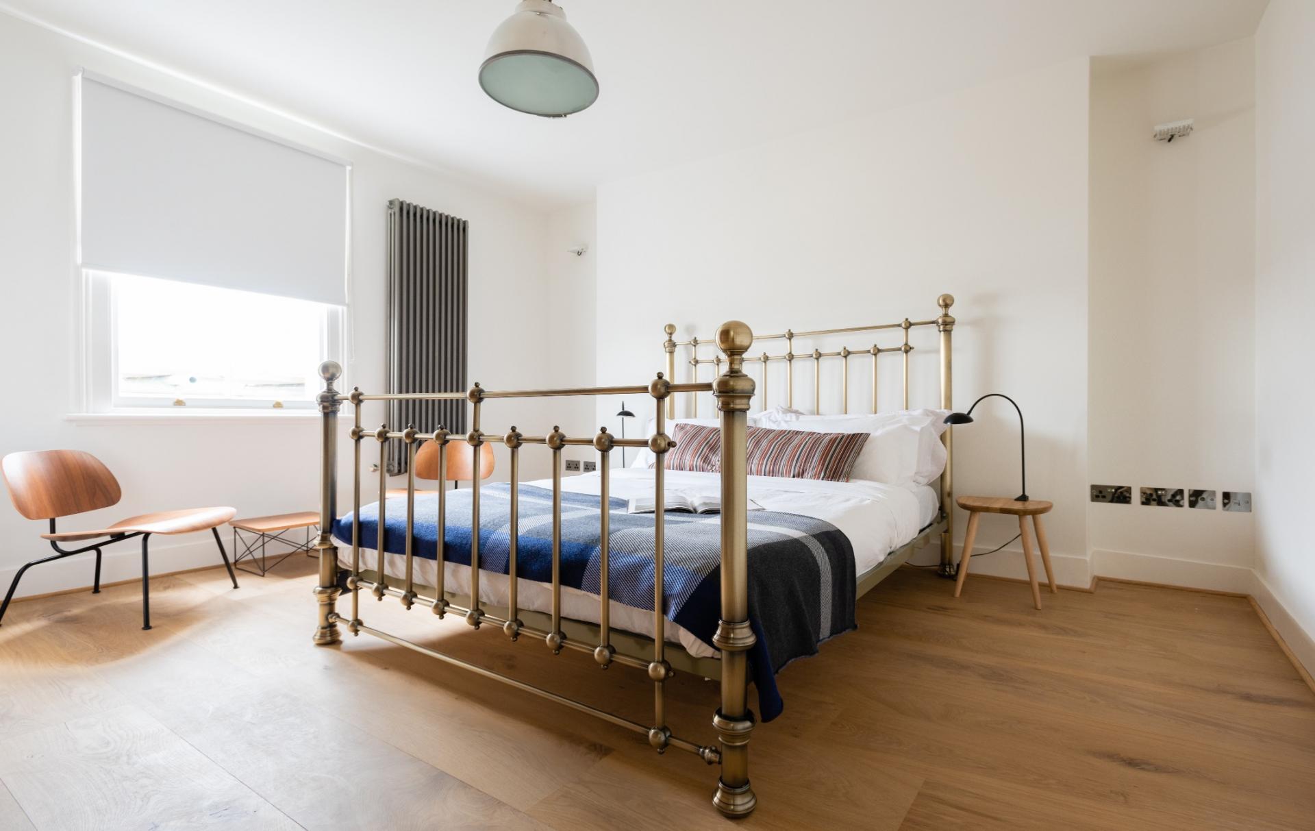 Wooden flooring at Lansdowne Crescent Apartment, Holland Park, London