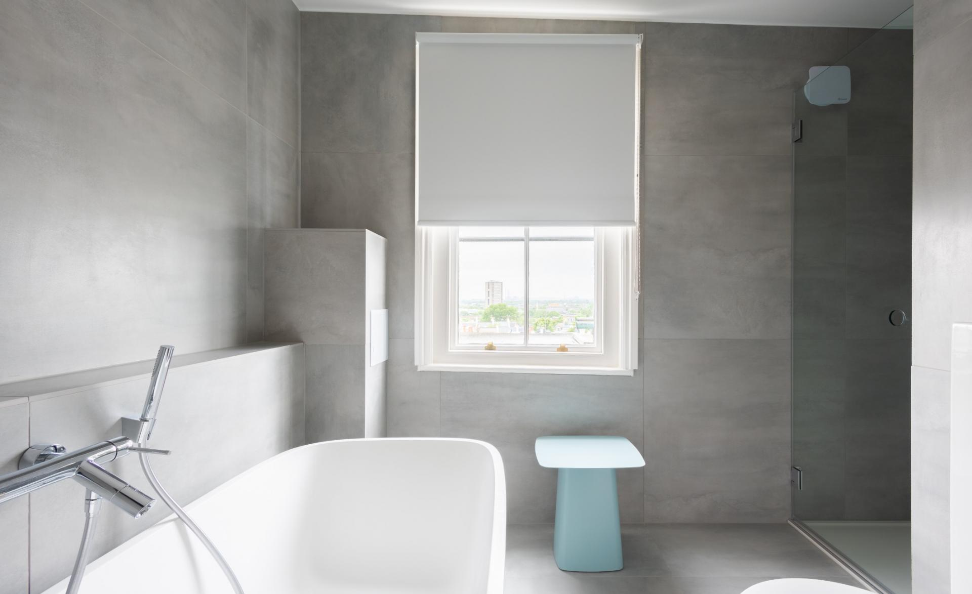 Bath tub at Lansdowne Crescent Apartment, Holland Park, London