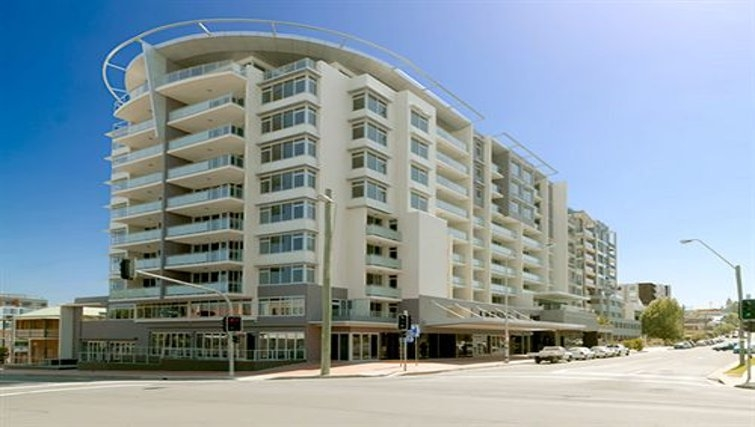 Striking exterior of Adina Apartment Hotel Wollongong
