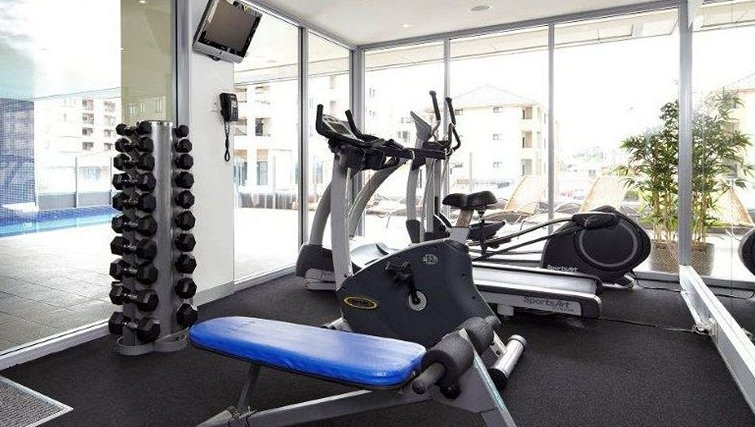 Executive gym in Adina Apartment Hotel Wollongong